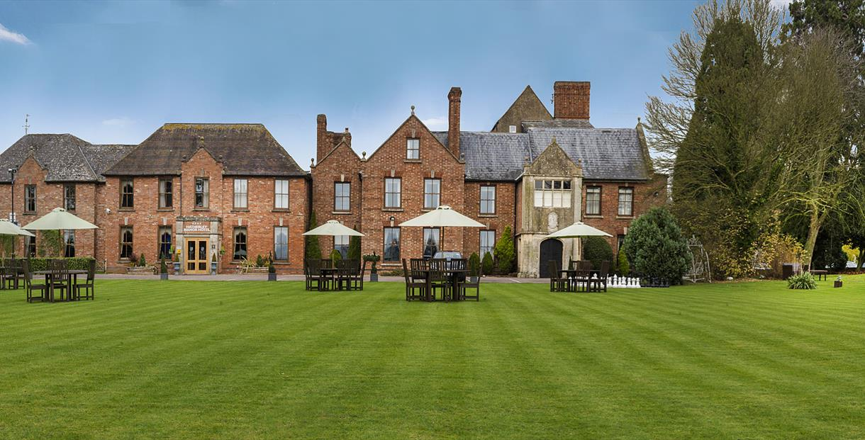 Exterior of Hatherley Manor Hotel & Spa