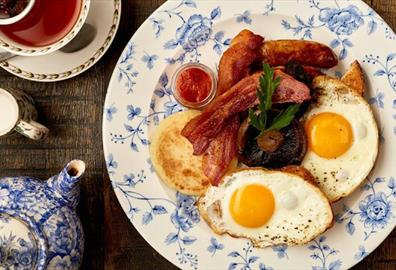 Where To Get Your Cheltenham Festival Breakfast, Brunch & Pre-Racing Lunch