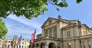 Cheltenham Town Hall, events venue Cheltenham, live entertainment venue Cheltenham