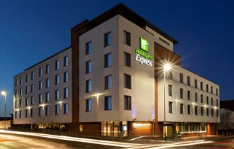 Holiday Inn Express Cheltenham Town Centre
