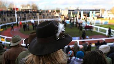 Cheltenham Races - Hunter Chase Evening