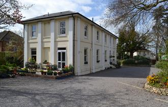 Hilden Lodge Bed and Breakfast