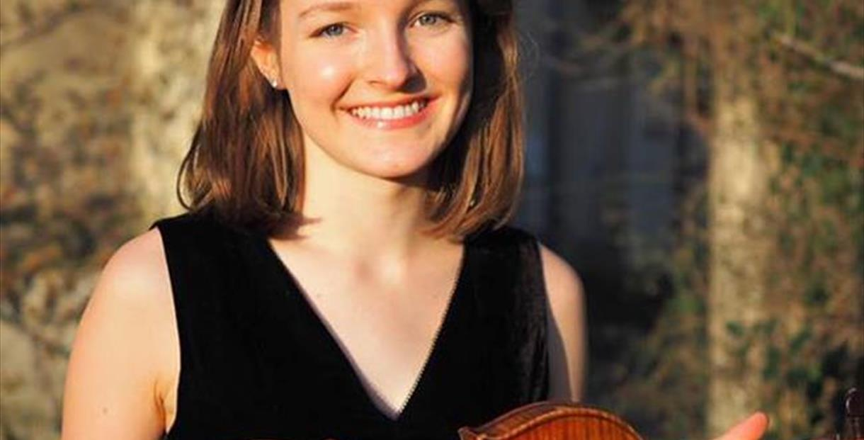 Emma Lisney, violin